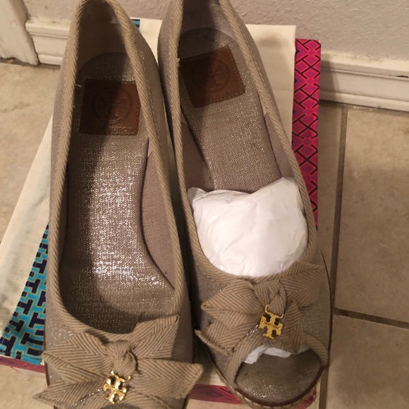 """944a44cb49a Tory Burch """"Jackie 2 85MM Wedge"""""""
